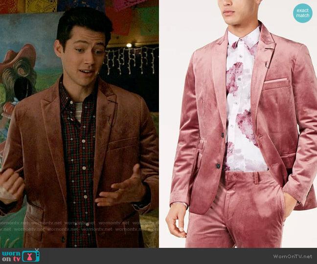 INC International Concepts Slim-Fit Velvet Blazer worn by EJ (Matt Cornett) on High School Musical The Musical The Series
