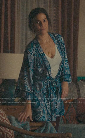 Isabel's blue paisley robe on Love, Victor
