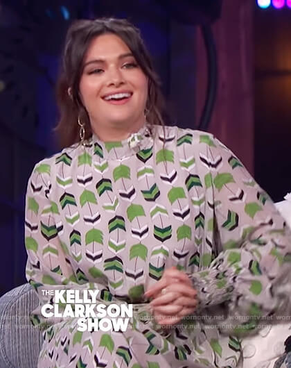 Katie Steven's gray printed dress on The Kelly Clarkson Show