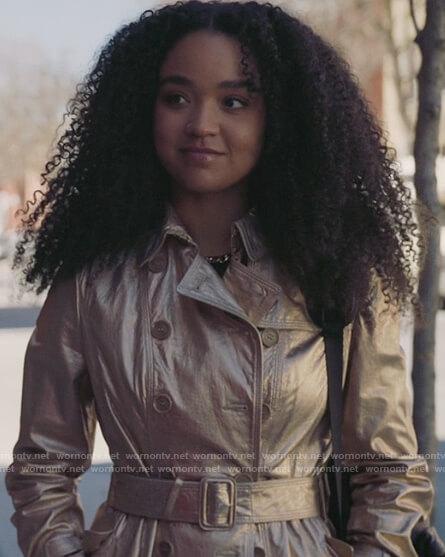Jacqueline's floral jacquard blazer on The Bold Type