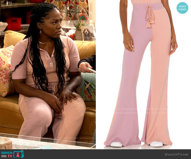 LoveShackFancy Flores Pant worn by Harper (Laci Mosley) on iCarly
