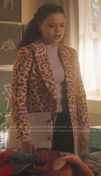 Ruby's tie dye v-neck sweater with puff sleeves on Charmed