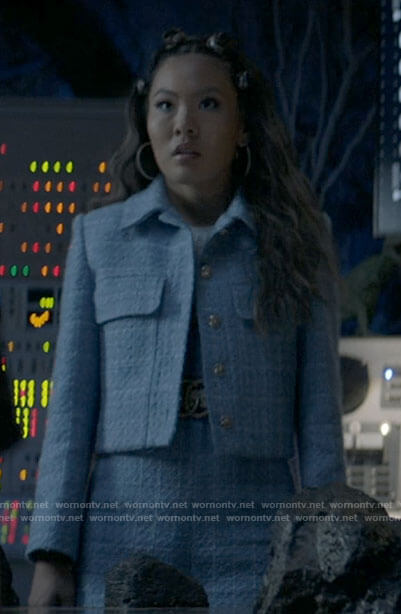 Mary's blue tweed jacket and shorts on Batwoman