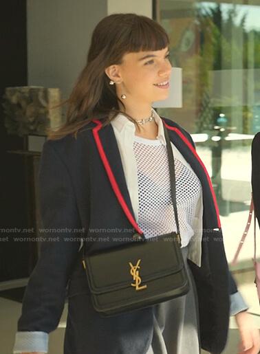 Mencia's black YSL shoulder bag on Elite