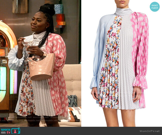 MSGM Pleated Tie-Neck Paneled Swing Dress worn by Harper (Laci Mosley) on iCarly