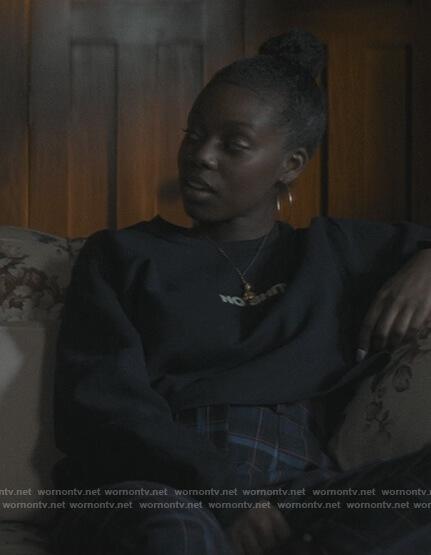 Keisha's cropped sweatshirt on The Chi