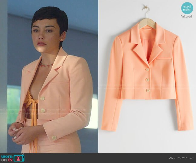 Cropped Tailored Blazer by & Other Stories worn by Ari Blanco (Carla Diaz) on Elite