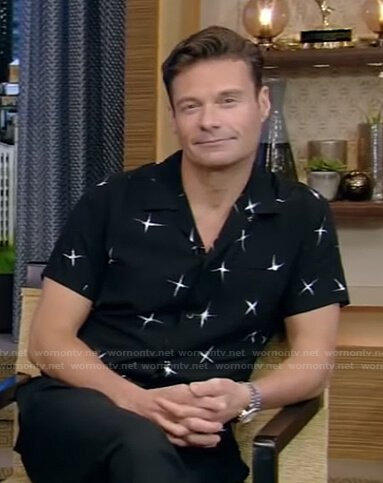 Ryan's black star print shirt on Live with Kelly and Ryan