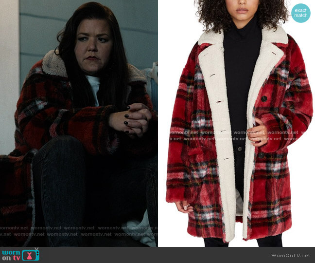 Sanctuary Sierra Plaid Faux-Fur Coat worn by Patty (Mary Hollis Inboden) on Kevin Can F**k Himself