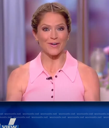 Sara's pink sleeveless top on The View