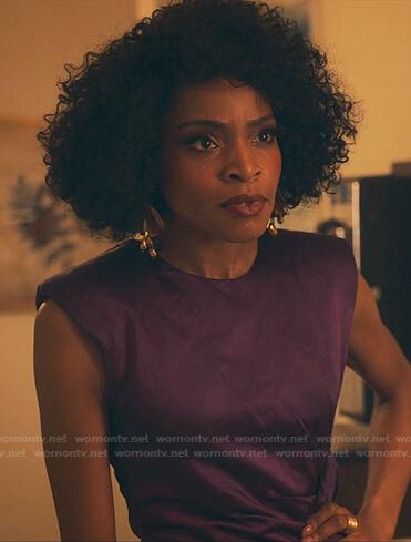 Sasha's purple shoulder pad top on Sex/Life