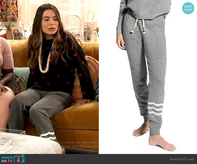 Sol Angeles Hacci Waves Slim Jogger Pants worn by Carly Shay (Miranda Cosgrove) on iCarly