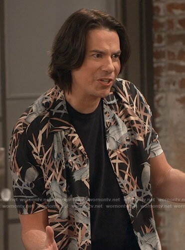 Spencer's bird print shirt on iCarly