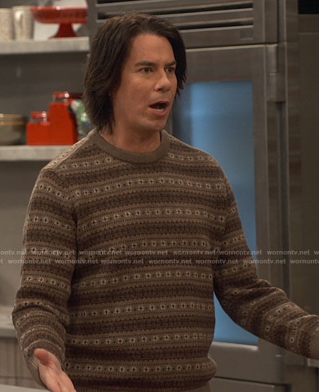Spencer's brown fair isle sweater on iCarly