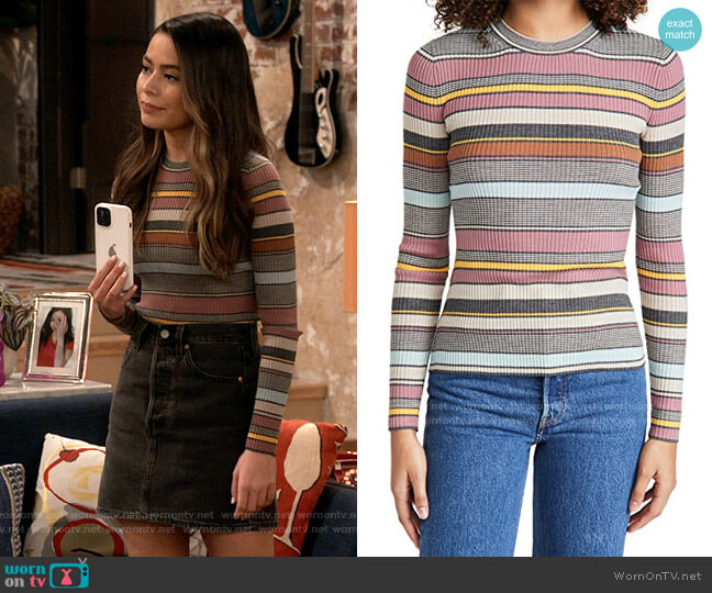 Theory Stripe Dusty Pink Sweater worn by Carly Shay (Miranda Cosgrove) on iCarly