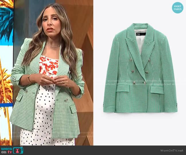 Fitted Houndstooth Blazer by Zara worn by Lilliana Vazquez  on E! News