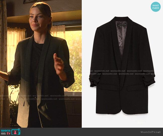 Blazer with Pleated Sleeves by Zara worn by Chloe Decker (Lauren German) on Lucifer