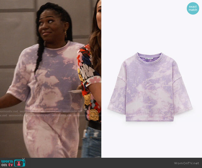 Zara Cropped Tie Dye T-shirt worn by Harper (Laci Mosley) on iCarly