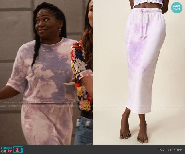 Zara Tie Dye Midi Skirt worn by Harper (Laci Mosley) on iCarly