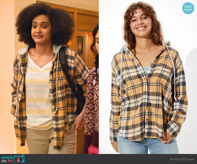 Oversized Plaid Flannel Hooded Shirt by American Eagle worn by Fabiola Torres (Lee Rodriguez) on Never Have I Ever