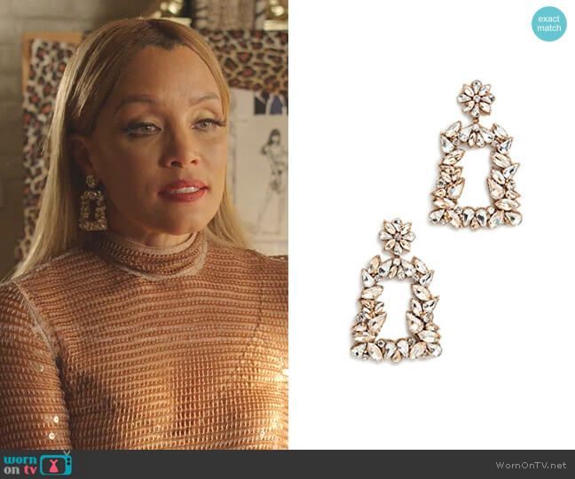 Gold Crystal Earrings by Deepa Gurnani worn by Dominique Deveraux (Michael Michele) on Dynasty