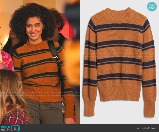 Cropped Mockneck Sweater by Gap worn by Fabiola Torres (Lee Rodriguez) on Never Have I Ever