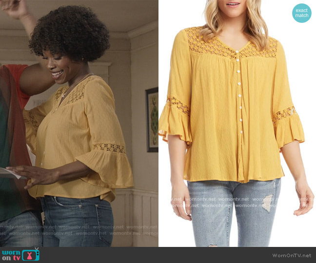 Lace Inset Blouse by Karen Kane worn by Grace James (Karimah Westbrook) on All American