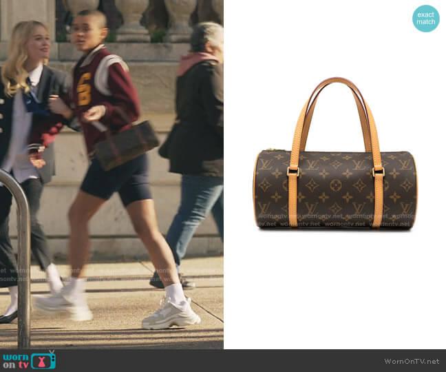 Papillon 26 Barrel Bag by Louis Vuitton worn by Julien Calloway (Jordan Alexander) on Gossip Girl