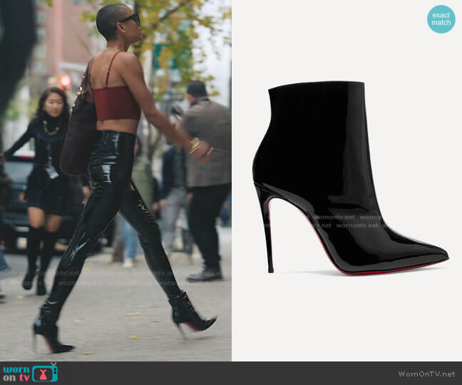So Kate Booty Patent-Leather Ankle Boots by Christian Louboutin worn by Julien Calloway (Jordan Alexander) on Gossip Girl