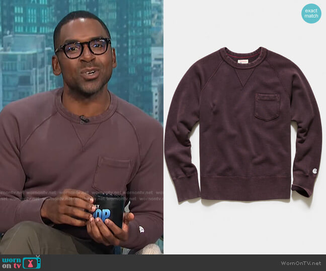 Sun-Faded Pocket Sweatshirt by Todd Snyder + Champion worn by Justin Sylvester  on E! News