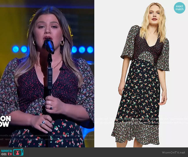 Floral Mixed Print Midi Dress in multi by Topshop worn by Kelly Clarkson  on The Kelly Clarkson Show