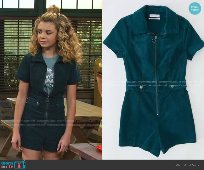 Tyson Zip-Front Short Sleeve Romper by Urban Outfitters worn by Destiny Baker (Mallory James Mahoney) on Bunkd