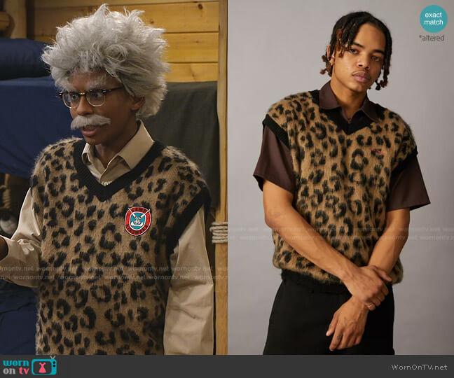 Leopard Print Sweater Vest by Iets Frans worn by Noah Lambert (Israel Johnson) on Bunkd