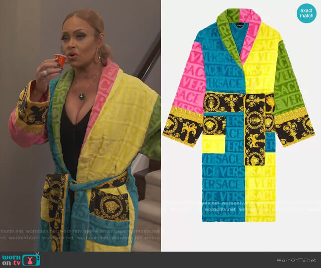 Multicolor Baroque Bathrobe by Versace worn by Gizelle Bryant  on The Real Housewives of Potomac