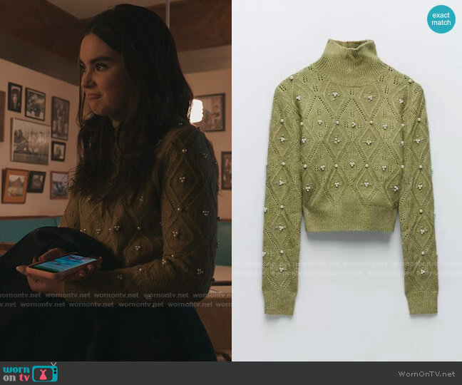 Zara Knit Sweater with Pearls worn by Bella Whitmore (Landry Bender) on The Republic of Sarah
