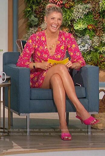 Amanda's pink floral mini dress on The Talk