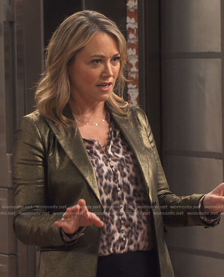 Argentina's leopard print blouse and gold blazer on iCarly