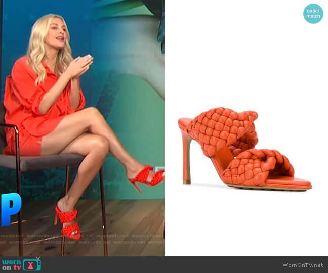 BV Curve sandals by Bottega Veneta worn by Morgan Stewart  on E! News