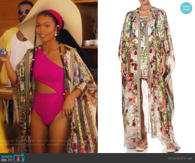 Camilla Fair Verona Oversized Robe worn by Zoey Johnson (Yara Shahidi) on Grown-ish