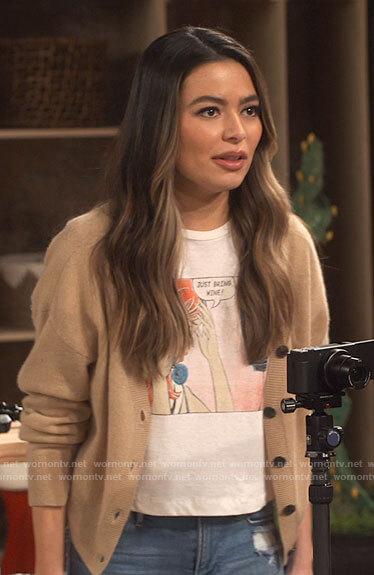 Harper's patchwork fringed denim jacket on iCarly