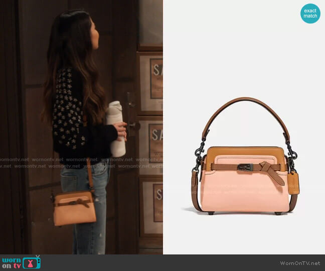 Coach Tate 18 Colorblock Crossbody Bag worn by Carly Shay (Miranda Cosgrove) on iCarly