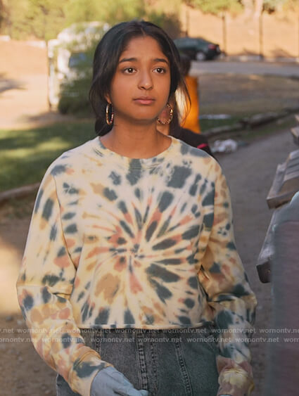 Devi's cropped tie dye sweatshirt on Never Have I Ever