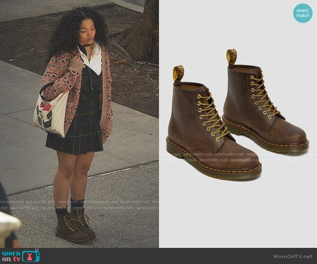 1460 Crazy Horse 8-Eye Boot by Dr. Martens worn by Zoya Lott (Whitney Peak) on Gossip Girl