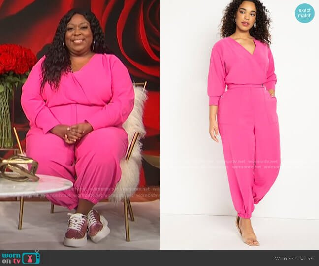 Tapered Leg Jumpsuit by Eloquii worn by Loni Love  on E! News