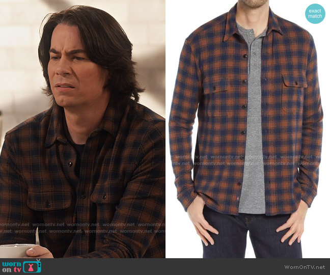 Faherty Legend Sweater shirt worn by Spencer Shay (Jerry Trainor) on iCarly