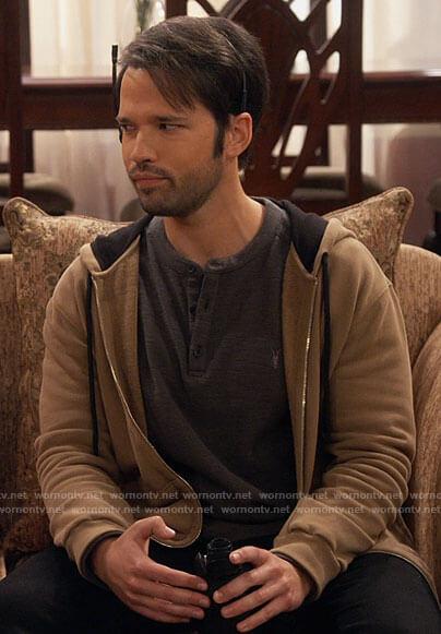 Freddie's grey henley tee and tan hoodie on iCarly