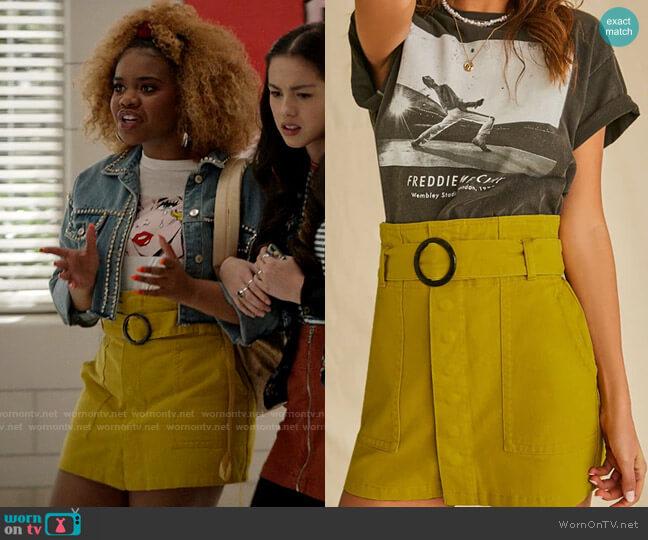 Forever 21 O-Ring Belt Mini Skirt worn by Kourtney (Dara Renee) on High School Musical The Musical The Series