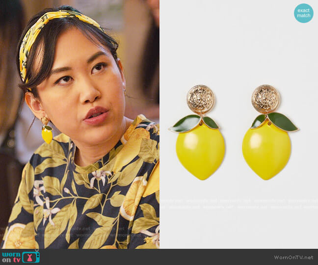 Lemon-shaped Earrings by H&M worn by Eleanor Wong (Ramona Young) on Never Have I Ever