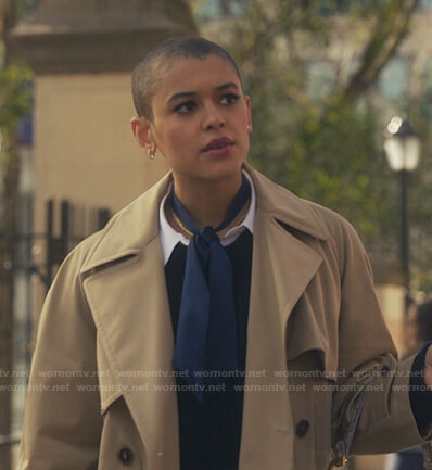 Julien's beige trench coat on Gossip Girl