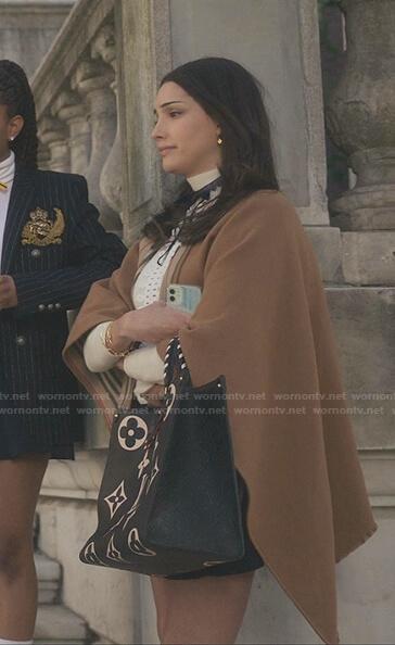 Luna's beige cape and black monogram print tote bag on Gossip Girl